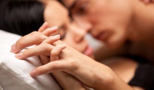 Как взрослые люди занимаются сексом