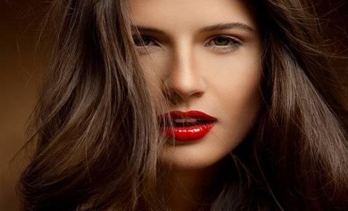 Как увлажнить сухие волосы в домашних условиях
