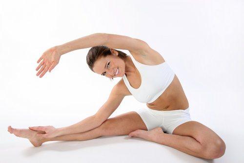 stretching_kompleks_uprazhnenij_na_rastyazhku-1