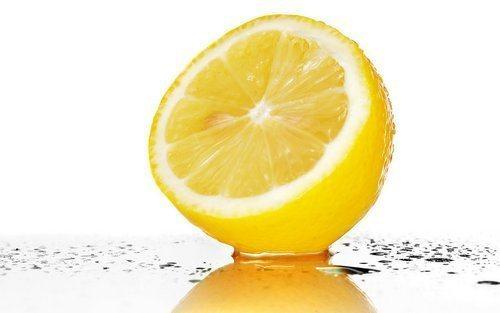 limon_dlya_nogtej_recepty_poleznyh_vannochek_i_masok-3