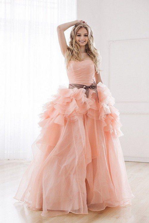 розовое платье с пышной юбкой на юбилей свадьбы 10 лет