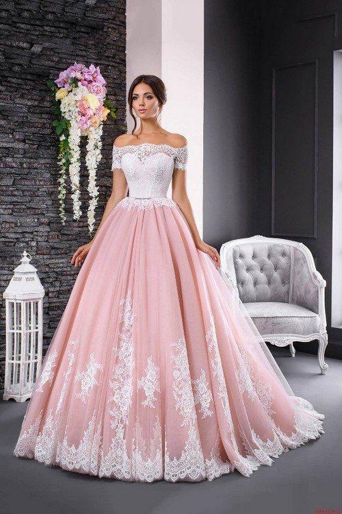 комбинация розового и белого в женском образе на годовщину 10 лет
