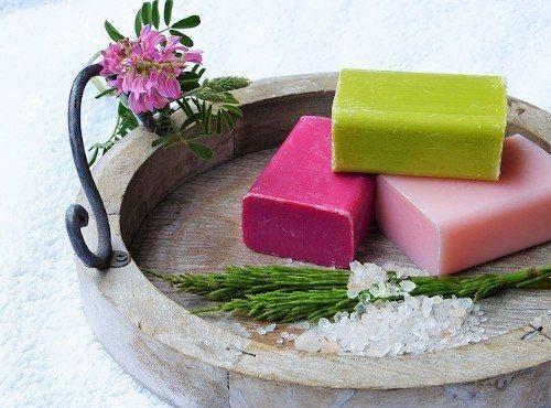 Мыло пересушивает кожу