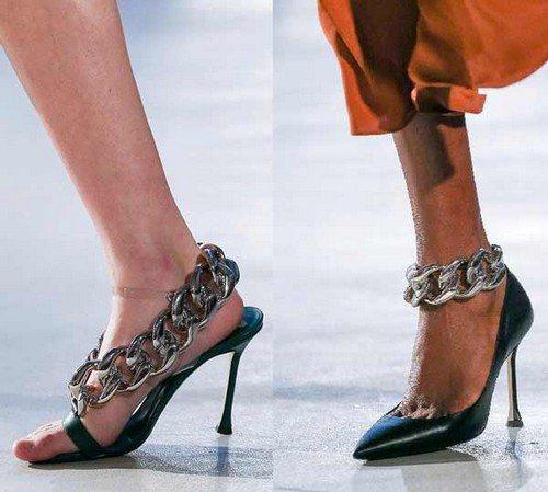 Обувь с цепочками