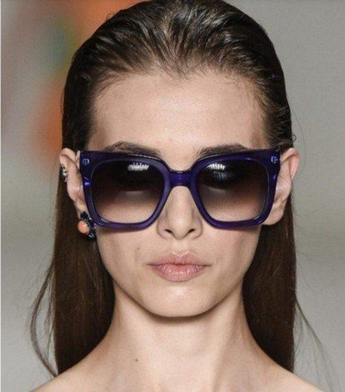 очки с квадратной оправой