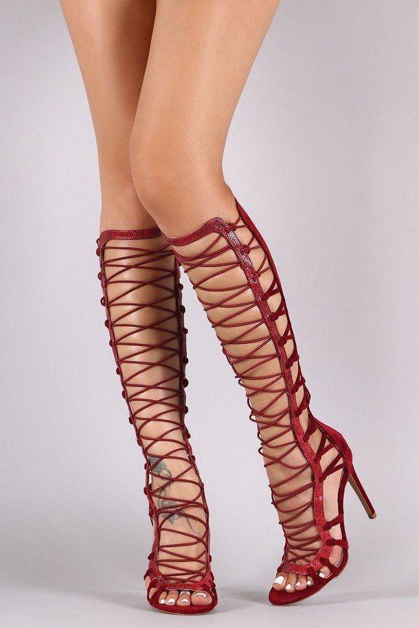 шнуровка с высоким каблуком
